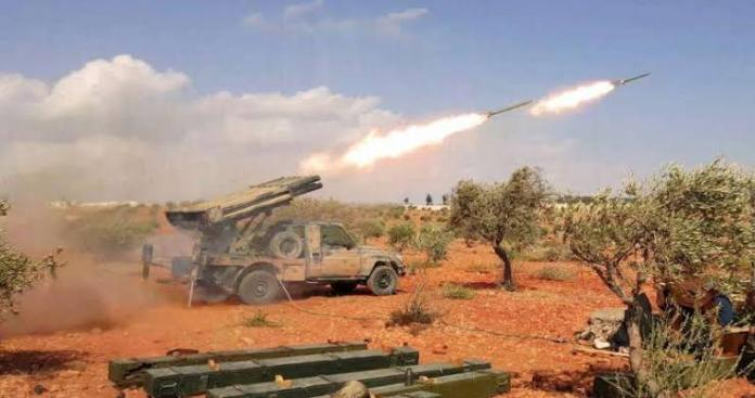 Al-Fateh Al-Mubeen bombarded the regime's positions in the countryside of Idlib and Hama in support of Daraa