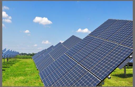 الاتفاق  على تنفيذ  مشروع إماراتي للطاقة الشمسية هو الأكبر في سوريا
