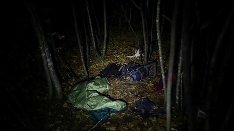 الشرطة البولندية  تعثر على جثة لاجئ سوري على الحدود مع بيلاروسيا