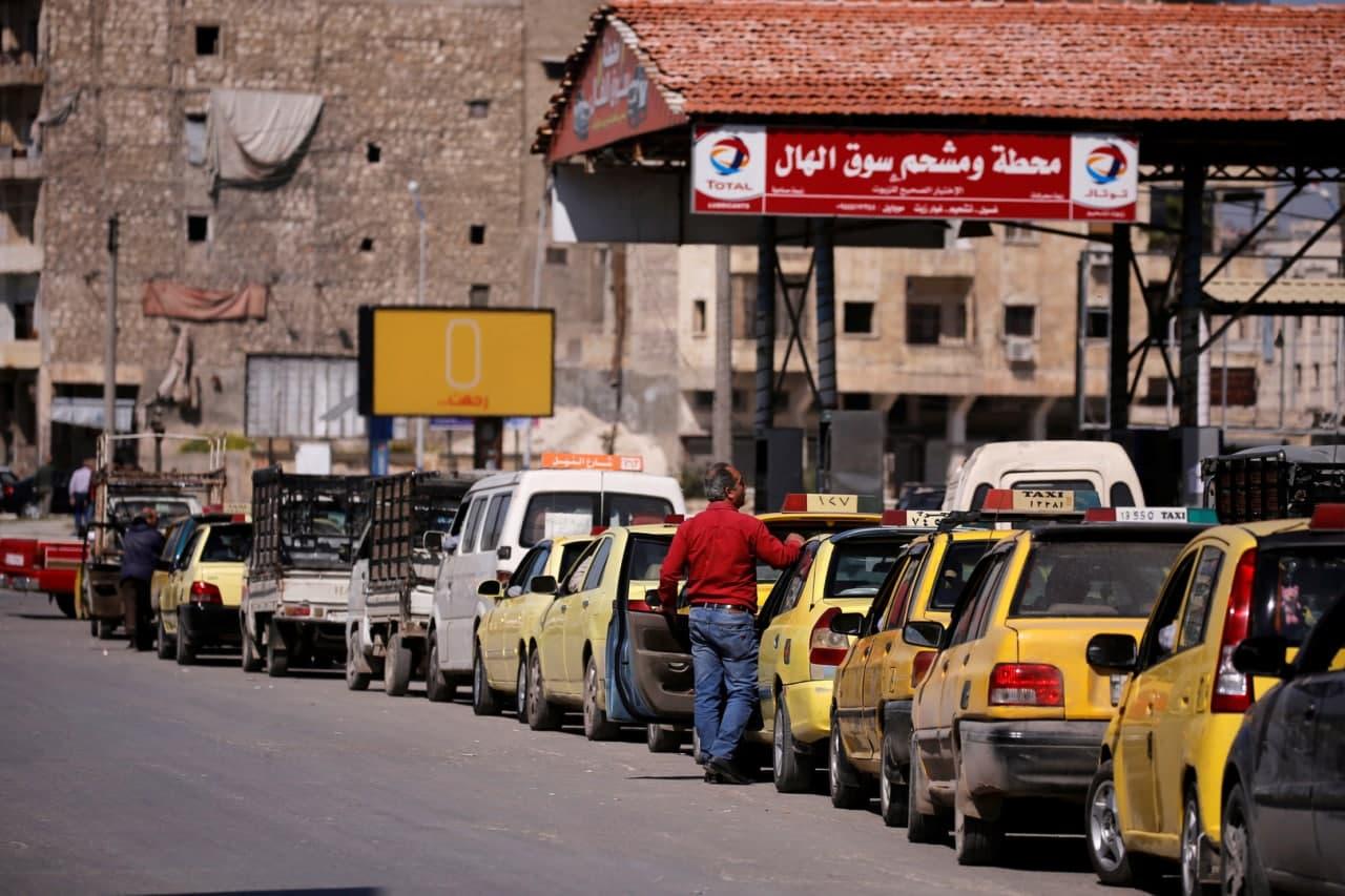 أسعار المحروقات تدمر حياة السوريين المعاشية في 2021