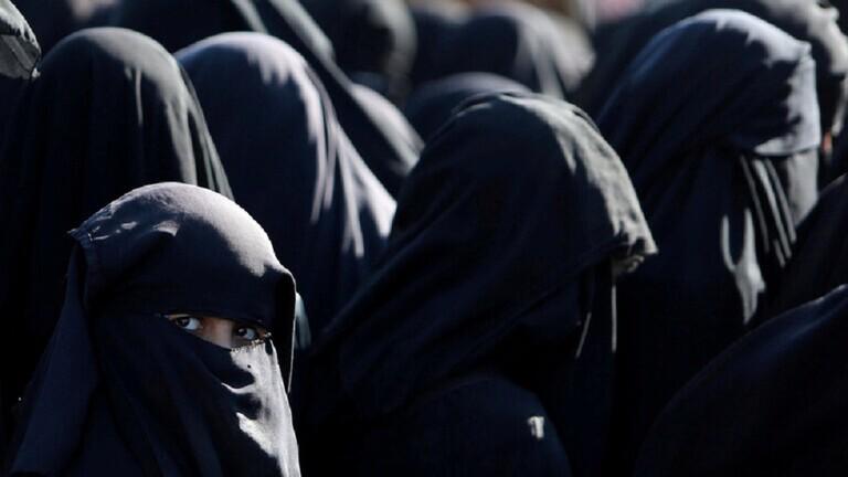 الإدعاء السويدي يفرج عن 3 نساء على صلة بتنظيم الدولة  وصلن من سوريا