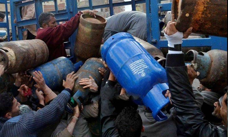 حكومة النظام ترفع سعر جرة الغاز المنزلي خارج البطاقة الذكية  إلى 30 ألف ليرة