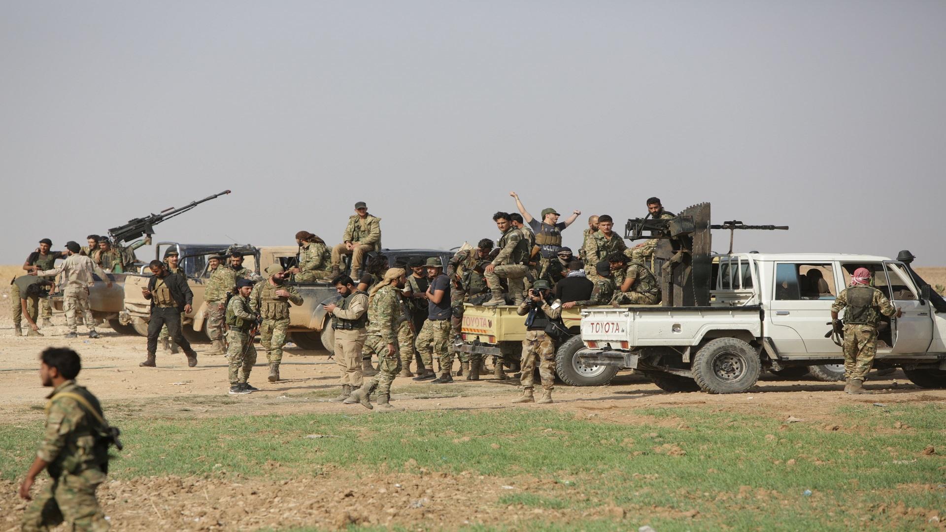 حميميم: مقتل عسكري للنظام السوري  برصاص قناص في ريف إدلب